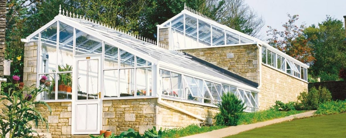 Bespoke lean to greenhouse 4 hartley botanic for Build a victorian greenhouse