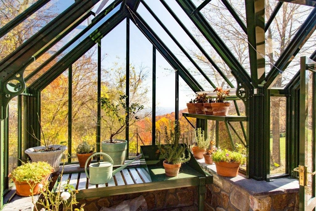 hartley-aluminium-greenhouse-interior